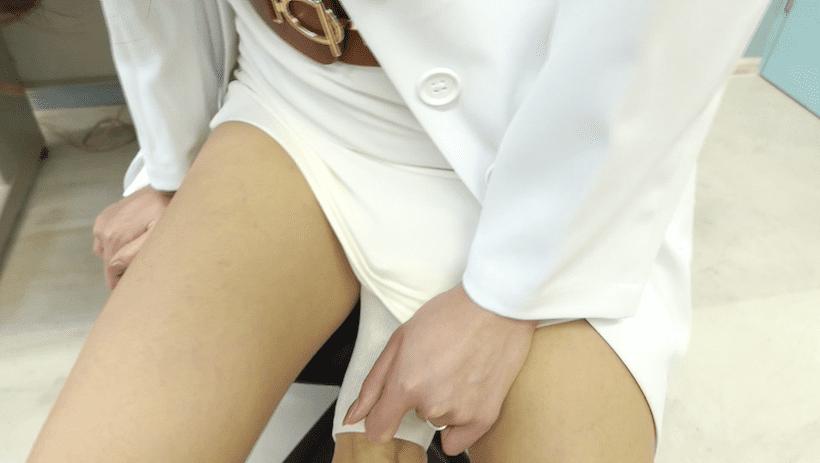 保健室の先生姿でいたずらされるあべみほ
